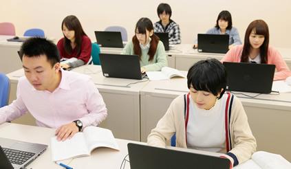 駿台電子情報&ビジネス専門学校画像